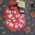 Praca plastyczna dzieci przedstawiająca worek Mikołaj